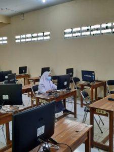 Fauziah Maharani, peserta KSNP bidang studi Ekonomi